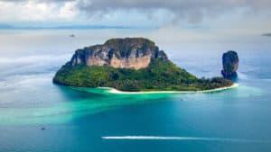 4 เกาะทะเลแหวก (เรือหางยาว)